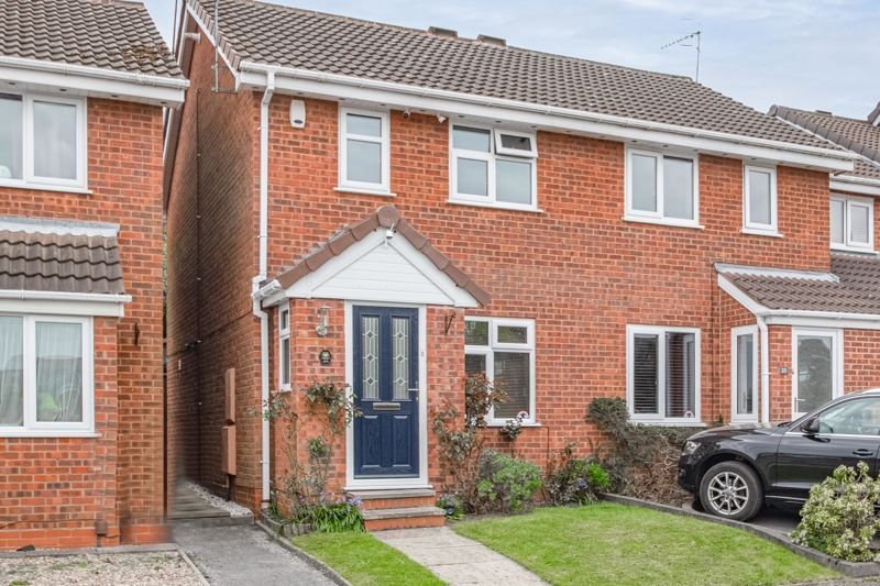 2 bed house for sale in Blithe Close 1
