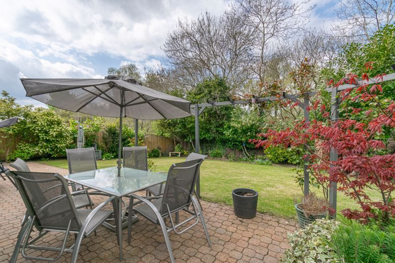 6 bed house for sale in Stableford Close 12