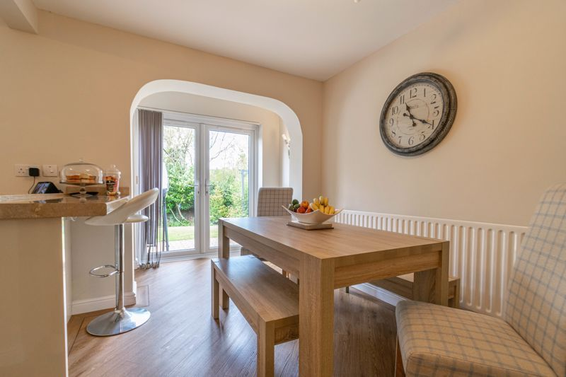 6 bed house for sale in Stableford Close 14