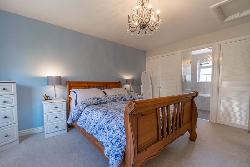 6 bed house for sale in Stableford Close 17