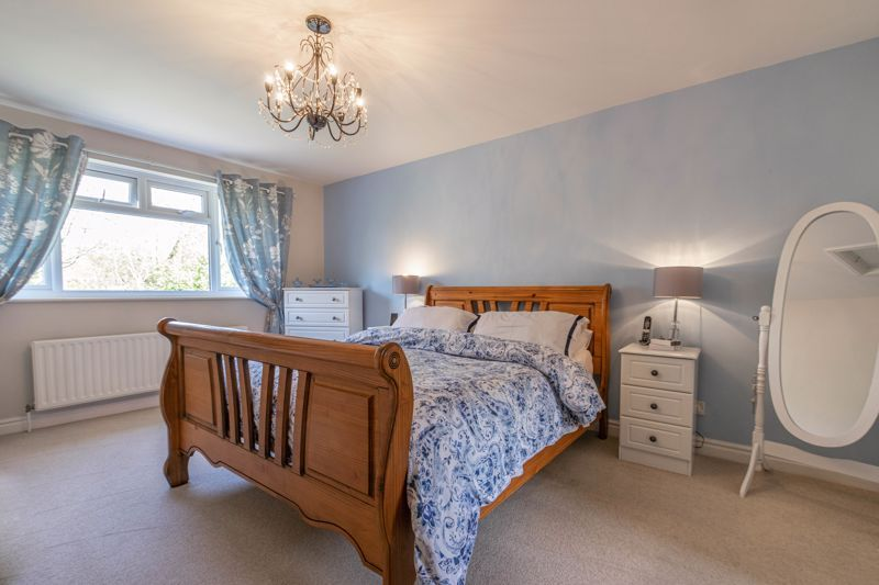 6 bed house for sale in Stableford Close 6