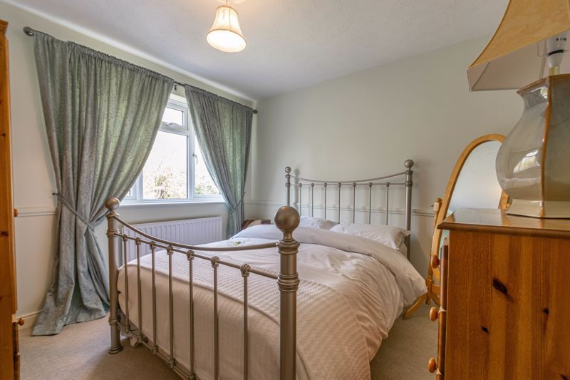 6 bed house for sale in Stableford Close 8