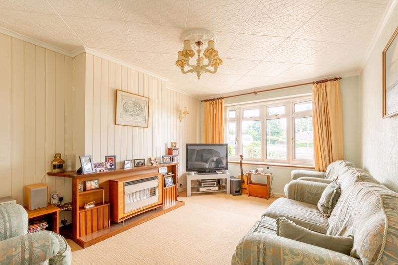 2 bed bungalow for sale in Cedar Close 2