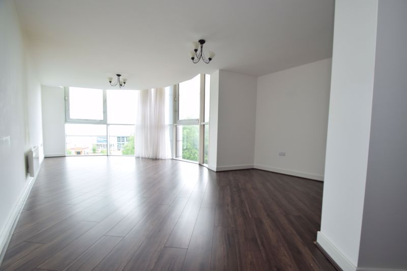 2 bed flat for sale in Waterfront West 4