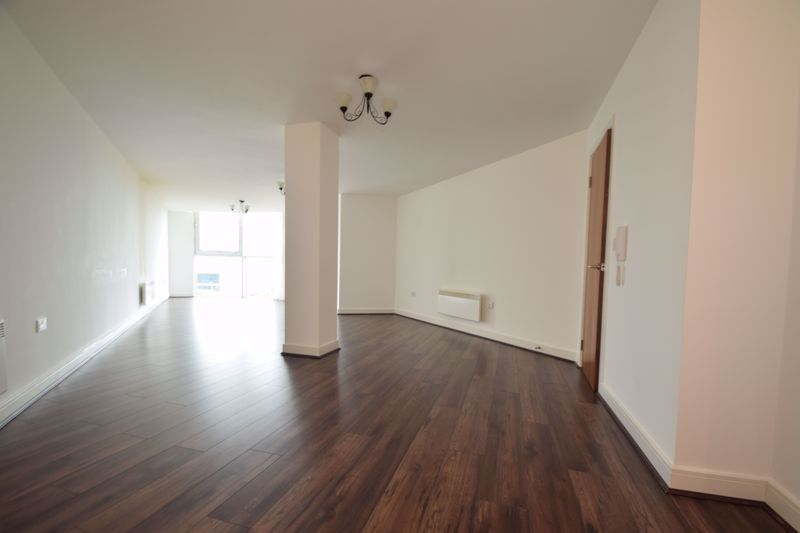 2 bed flat for sale in Waterfront West  - Property Image 5