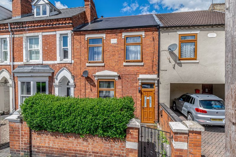 3 bed house for sale in Lorne Street 1