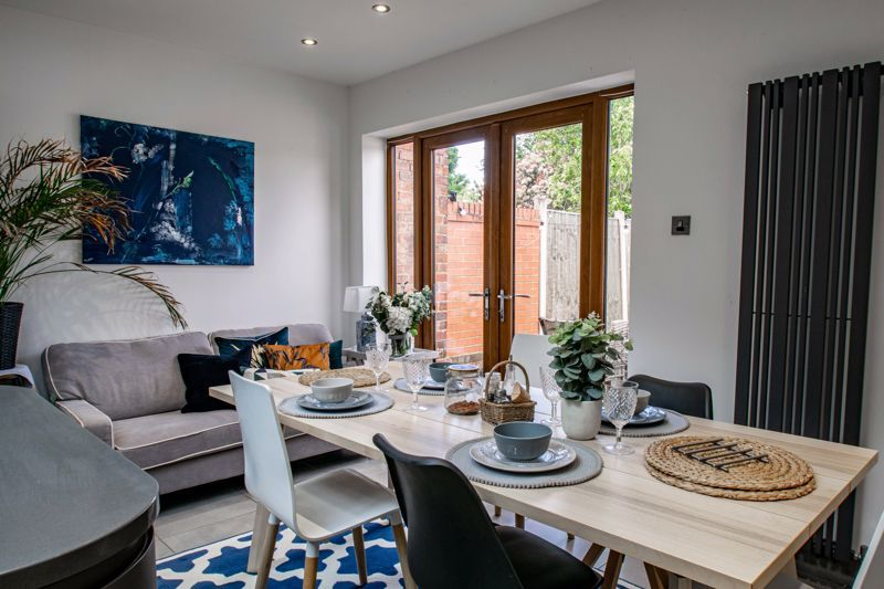 3 bed house for sale in Lorne Street 4