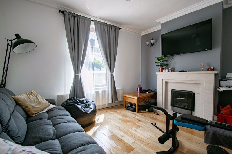 3 bed house for sale in Lorne Street 6
