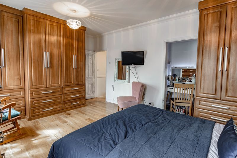 3 bed house for sale in Lorne Street 8