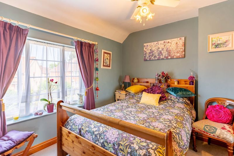 4 bed house for sale in Churchfields Close  - Property Image 7