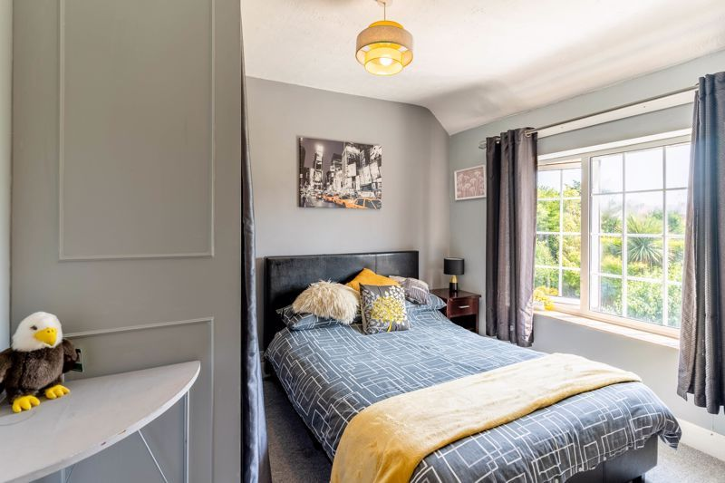 4 bed house for sale in Churchfields Close 8