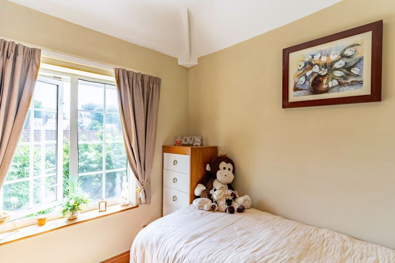 4 bed house for sale in Churchfields Close  - Property Image 10