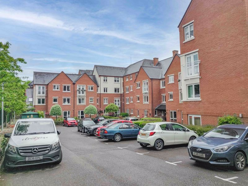 1 bed flat for sale in Drury Lane - Property Image 1