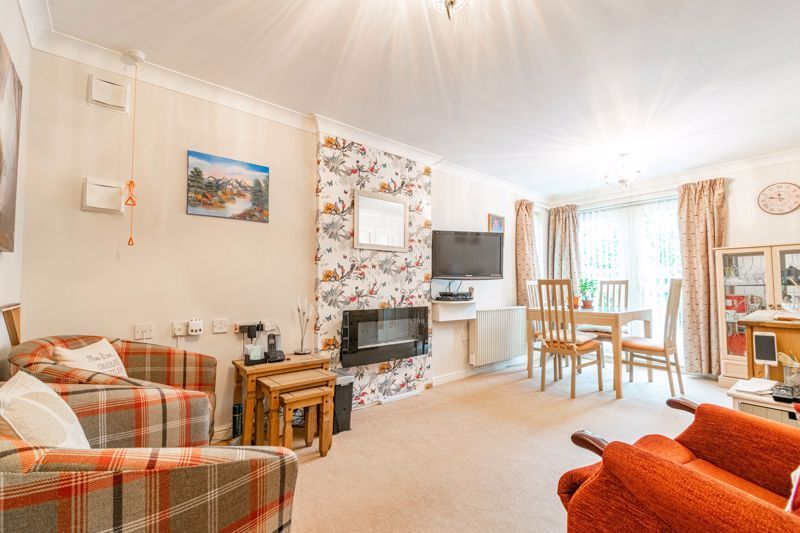 1 bed flat for sale in Drury Lane 4