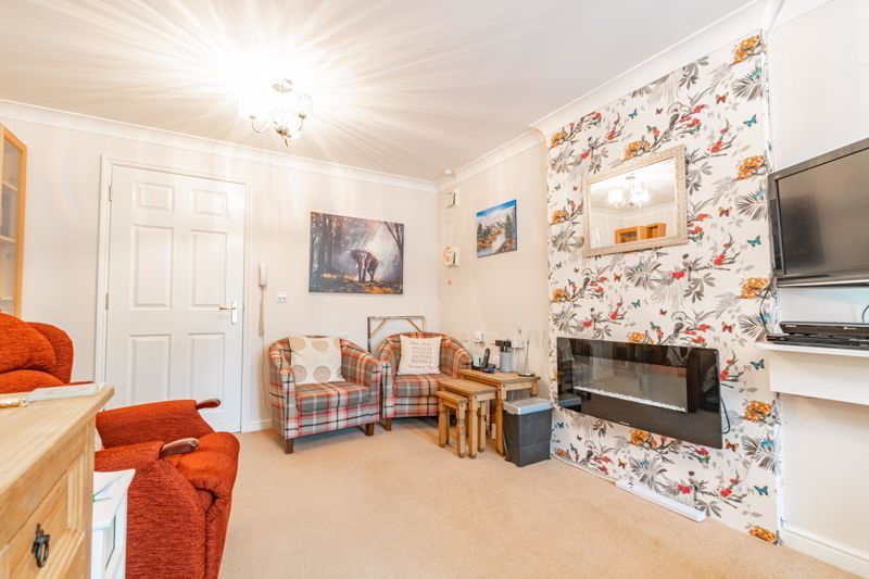 1 bed flat for sale in Drury Lane 5