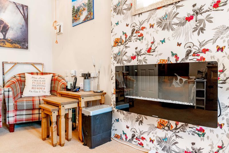 1 bed flat for sale in Drury Lane 6