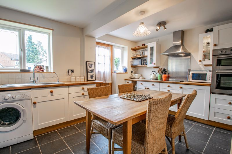 2 bed house for sale in Prior Avenue 2