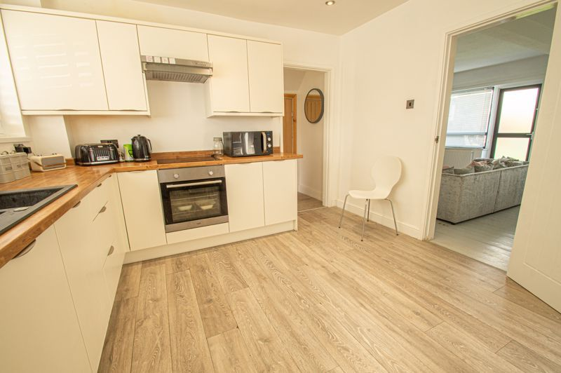 3 bed house for sale in Carters Lane  - Property Image 6