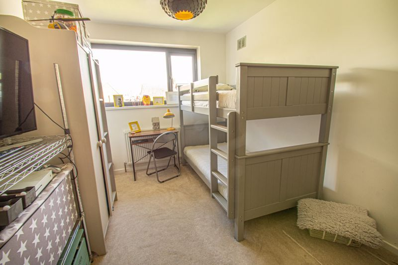 3 bed house for sale in Carters Lane 9