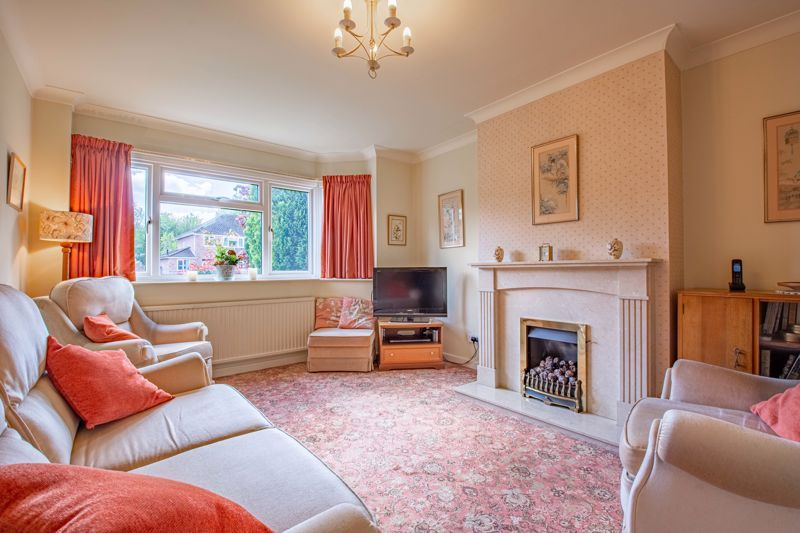 4 bed house for sale in Castle Grove 2
