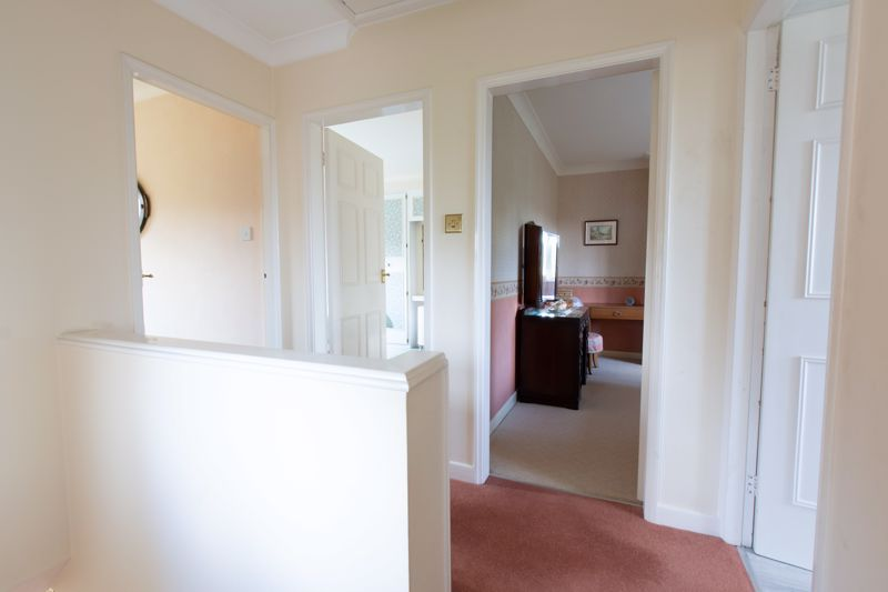 4 bed house for sale in Castle Grove 16