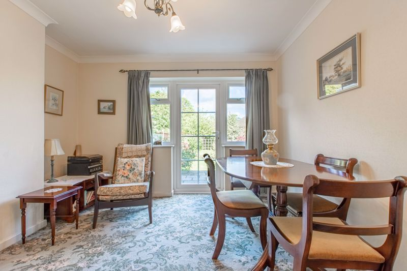 4 bed house for sale in Castle Grove 3