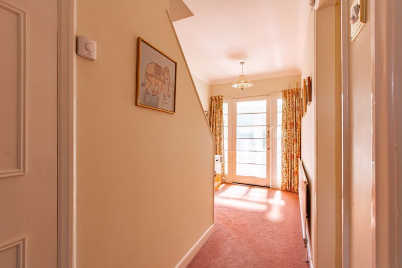 4 bed house for sale in Castle Grove 6
