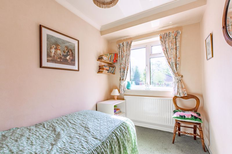 4 bed house for sale in Castle Grove 10