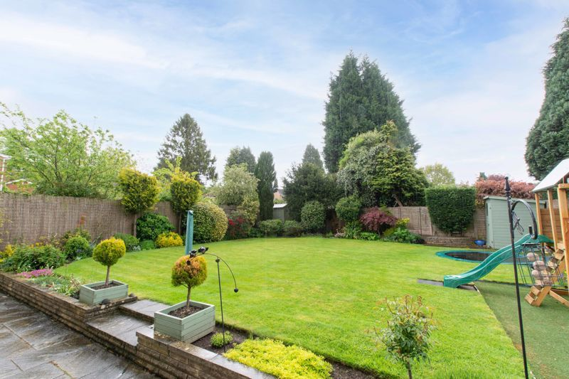 4 bed house for sale in Cochrane Close 17