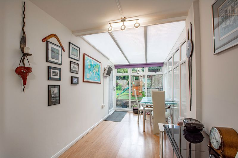 4 bed house for sale in Cochrane Close 5
