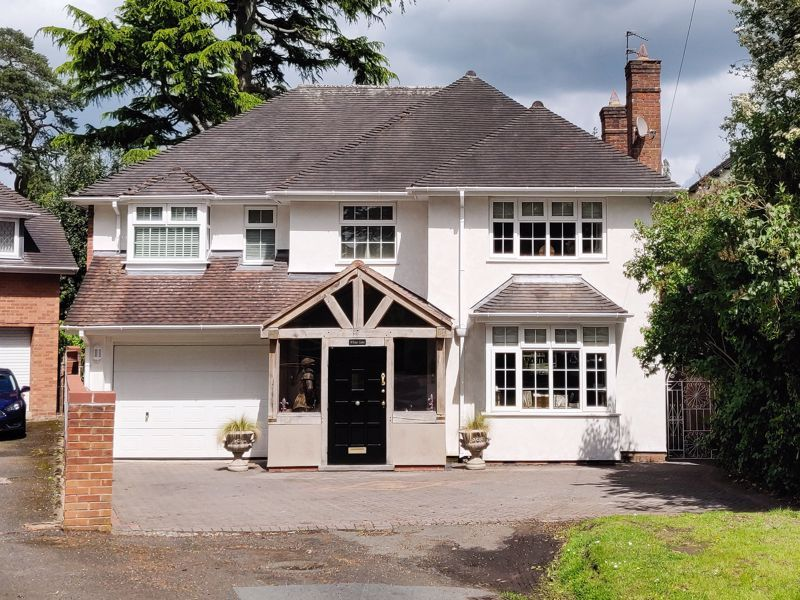 5 bed house for sale in Parkland Avenue  - Property Image 2