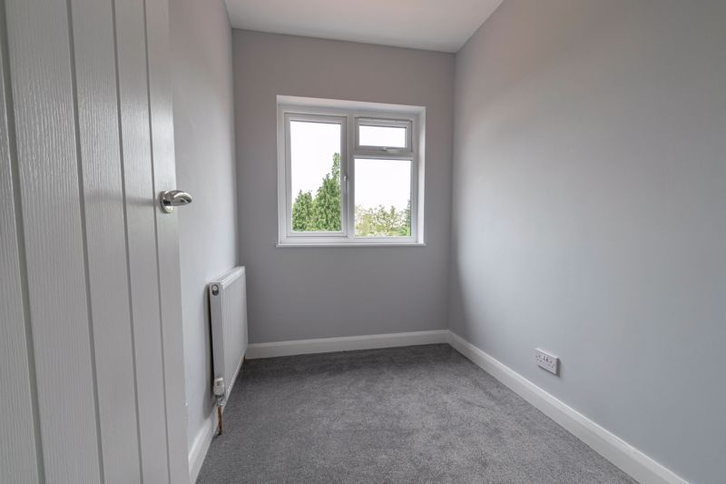 3 bed house for sale in Meadowhill Crescent 12