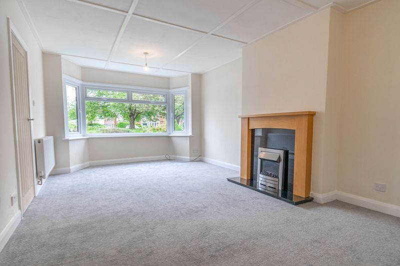 3 bed house for sale in Meadowhill Crescent 6