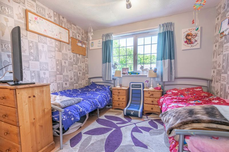 3 bed house for sale in Linton Close 9