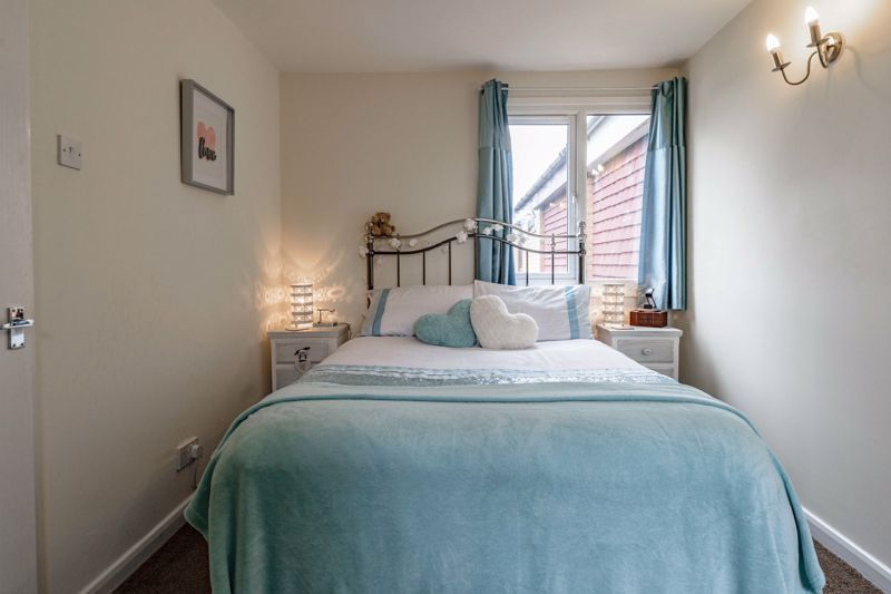 1 bed flat for sale in Thatchers Green 11