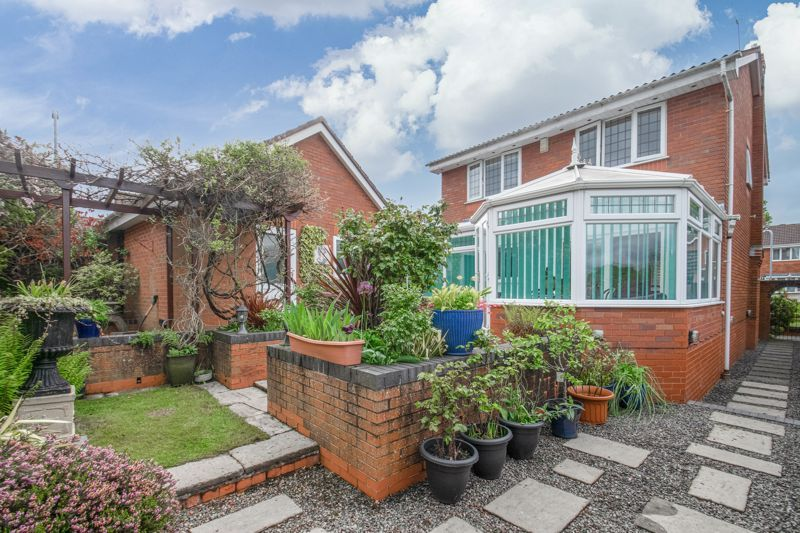 4 bed house for sale in Epsom Close  - Property Image 13