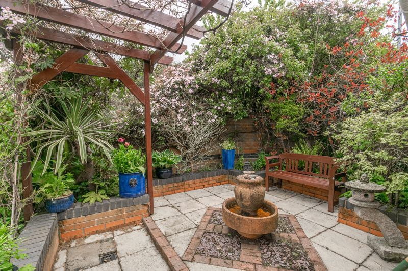4 bed house for sale in Epsom Close  - Property Image 14