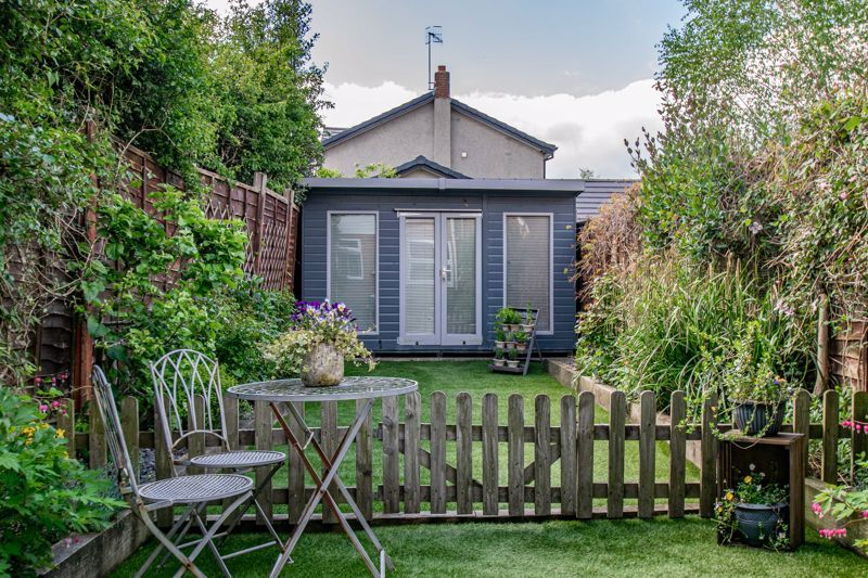 2 bed house for sale in Dodford Road 12