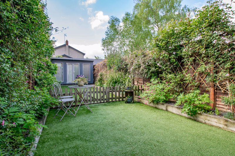 2 bed house for sale in Dodford Road 15