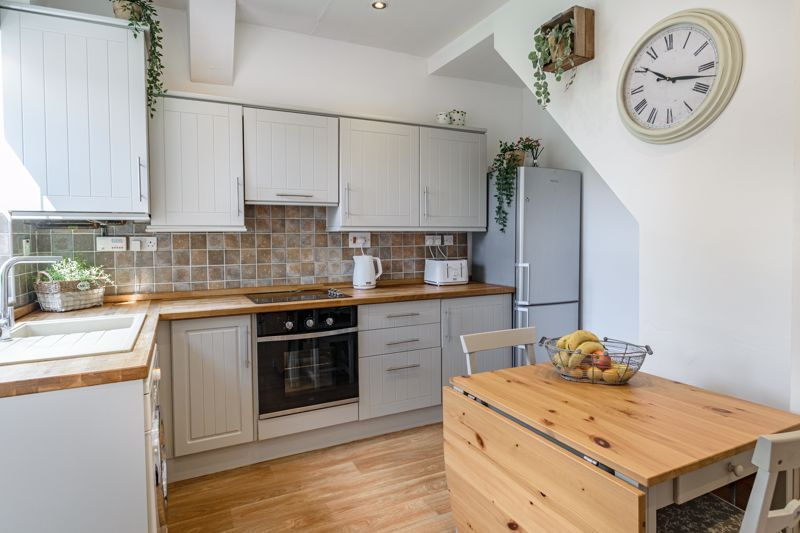 2 bed house for sale in Dodford Road  - Property Image 3