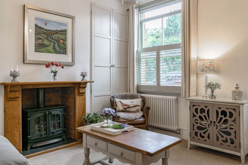 2 bed house for sale in Dodford Road 6