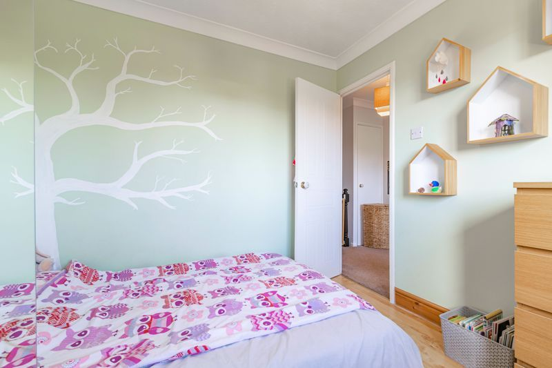 4 bed house for sale in Melrose Avenue  - Property Image 15