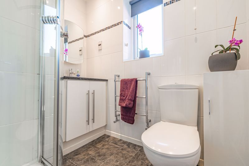 4 bed house for sale in Melrose Avenue  - Property Image 19