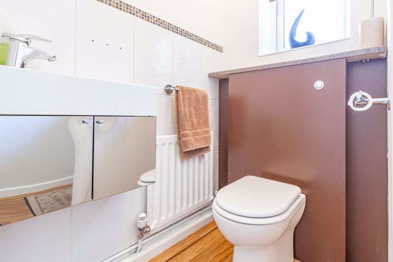 4 bed house for sale in Melrose Avenue 20