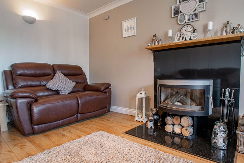 4 bed house for sale in Avoncroft Road 19