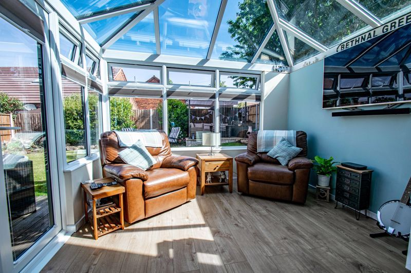 4 bed house for sale in Avoncroft Road 4