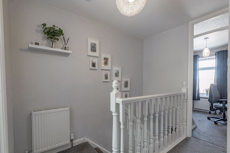 3 bed house for sale in Felbrigg Close 6