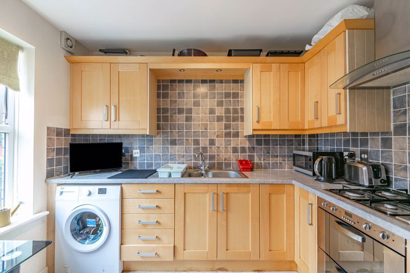 2 bed house for sale in Whitefriars Drive 3