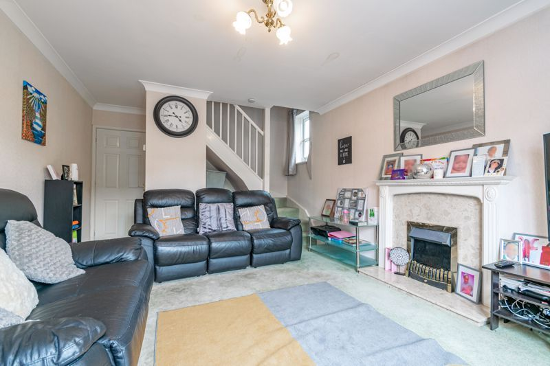 2 bed house for sale in Whitefriars Drive 4