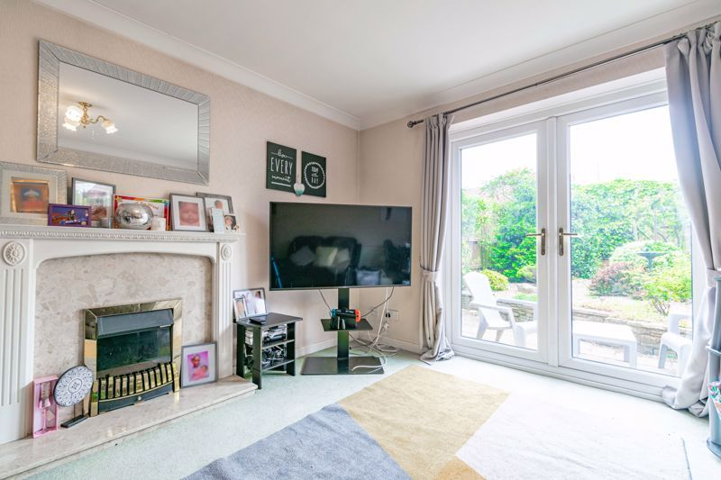 2 bed house for sale in Whitefriars Drive 5